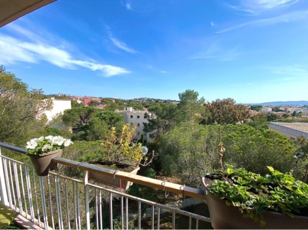 Vente Appartement Exclusivité: Jolie 4 pièces avec terrasse et aperçu mer Saint-raphael