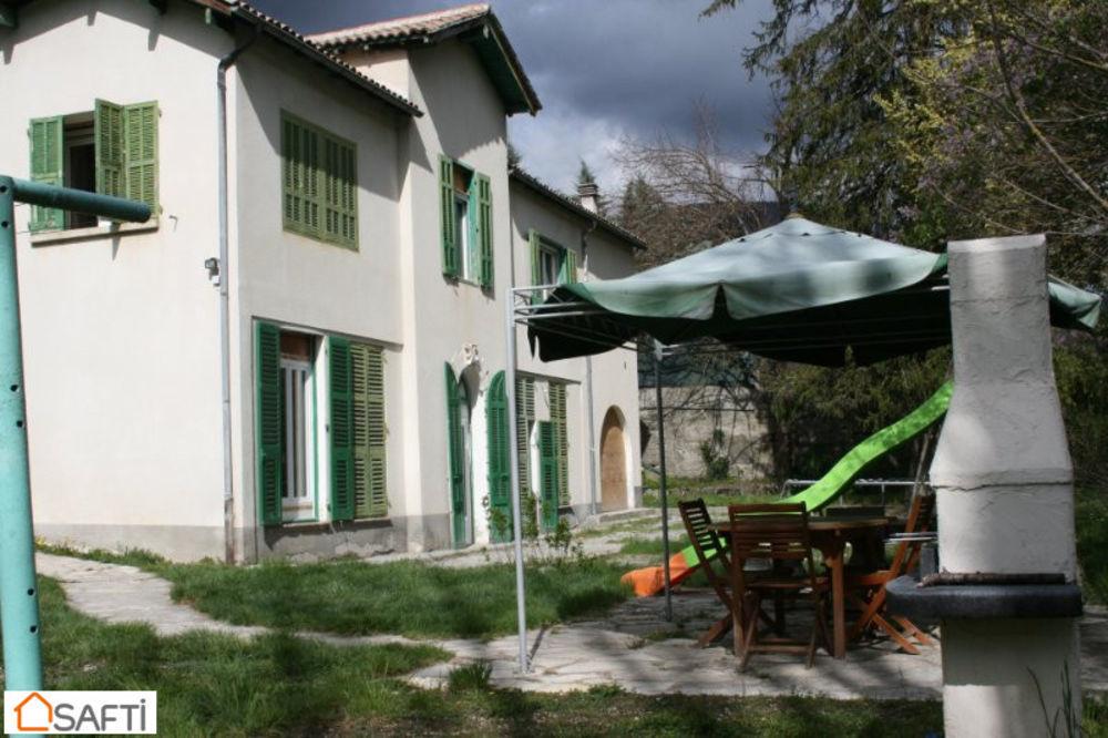 Vente Maison MAISON 7 PIECES SUR TERRAIN DE 1780 m2 Annot