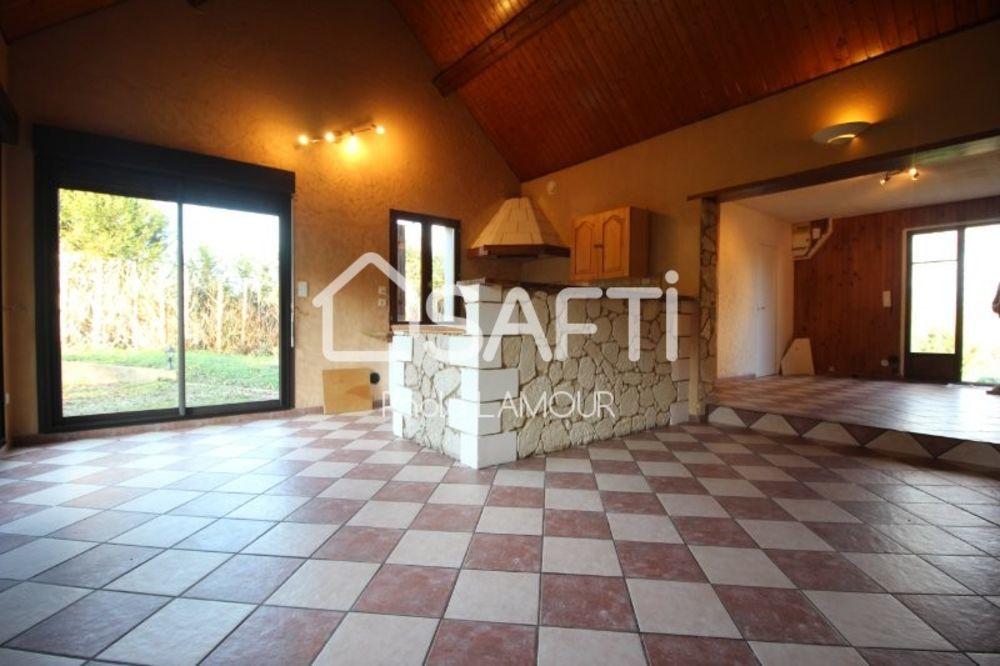 Vente Maison Pavillon de type 5 sur un beau terrain clos et arboré Loches