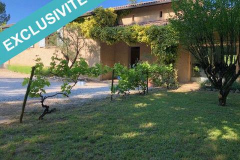 Villa de 180m², terrain 3220m², piscine 419000 Grane (26400)