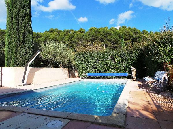 Annonce vente maison puget ville 83390 130 m 579 000 for Piscine sous jardin
