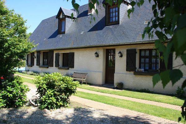 Annonce vente maison le thuit anger 27370 110 m 199 for Piscine neubourg