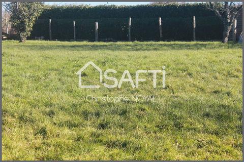 Châteaubriant               <br/>Terrain constructible viabilisé (eau, électricité) prévoir fosse septique ou une micro station. 33500 Châteaubriant (44110)