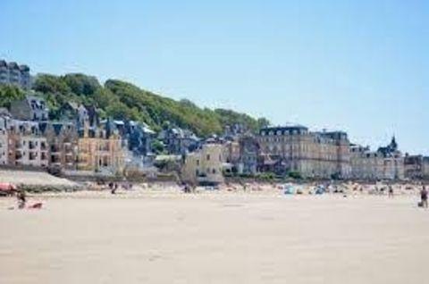 Fonds de commerce secteur plage 280000 14360 Trouville-sur-mer