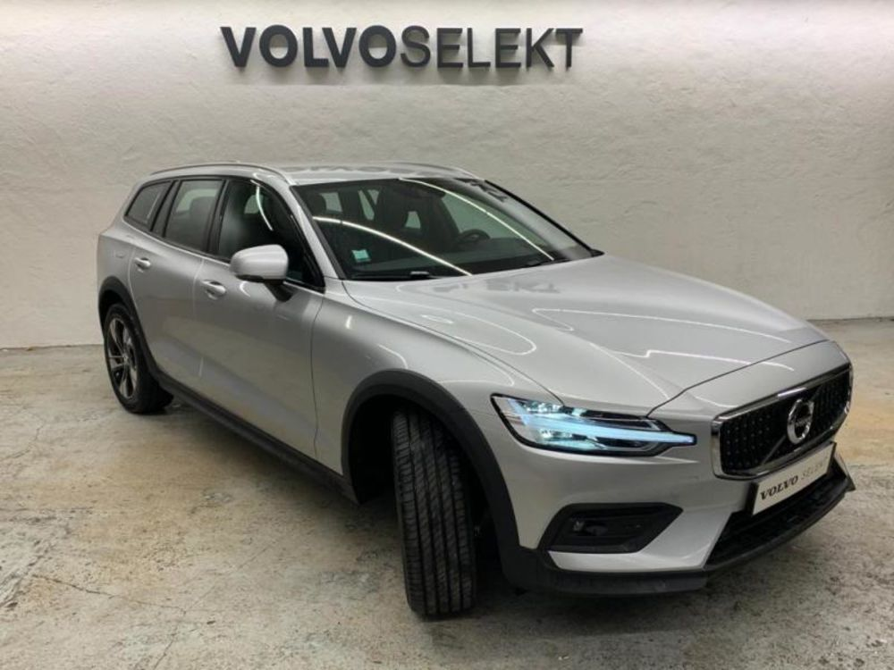 V60 B4 197ch AWD Cross Country Pro Geartronic 2021 occasion 91200 Athis-Mons