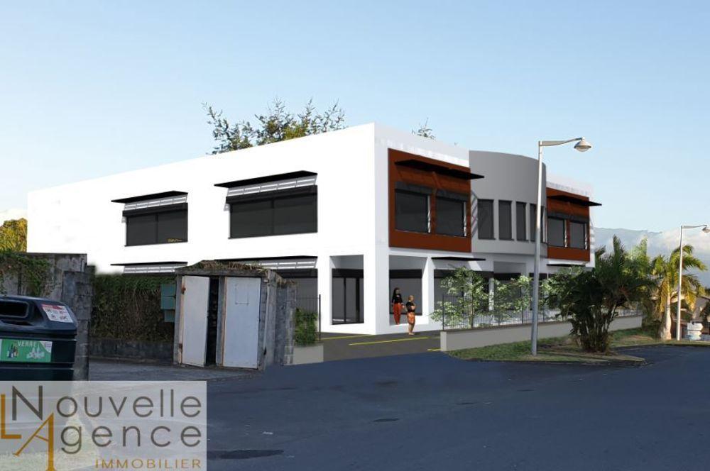 LNA vous propose à la location des locaux commerciaux... 3116 97440 Saint-andré