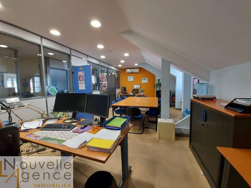 LNA vous propose de vous installer dans ce bureau de ... 2000 97400 Saint-denis