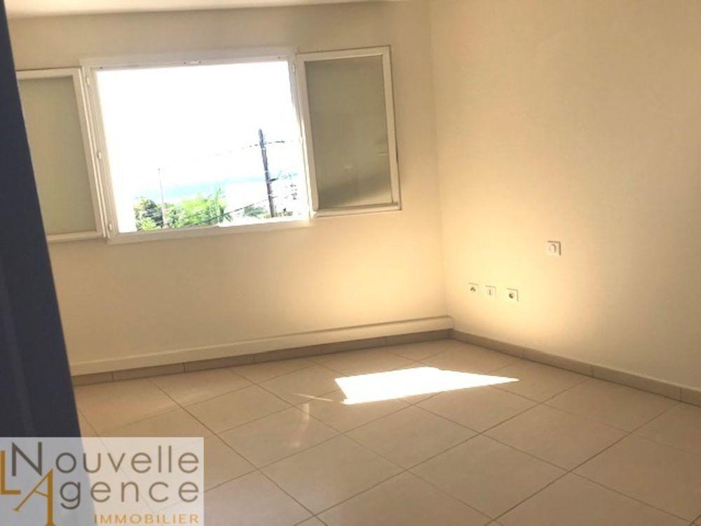 Appartement - 2 pièce(s) - 58 m² 118800 Saint-Denis (97400)