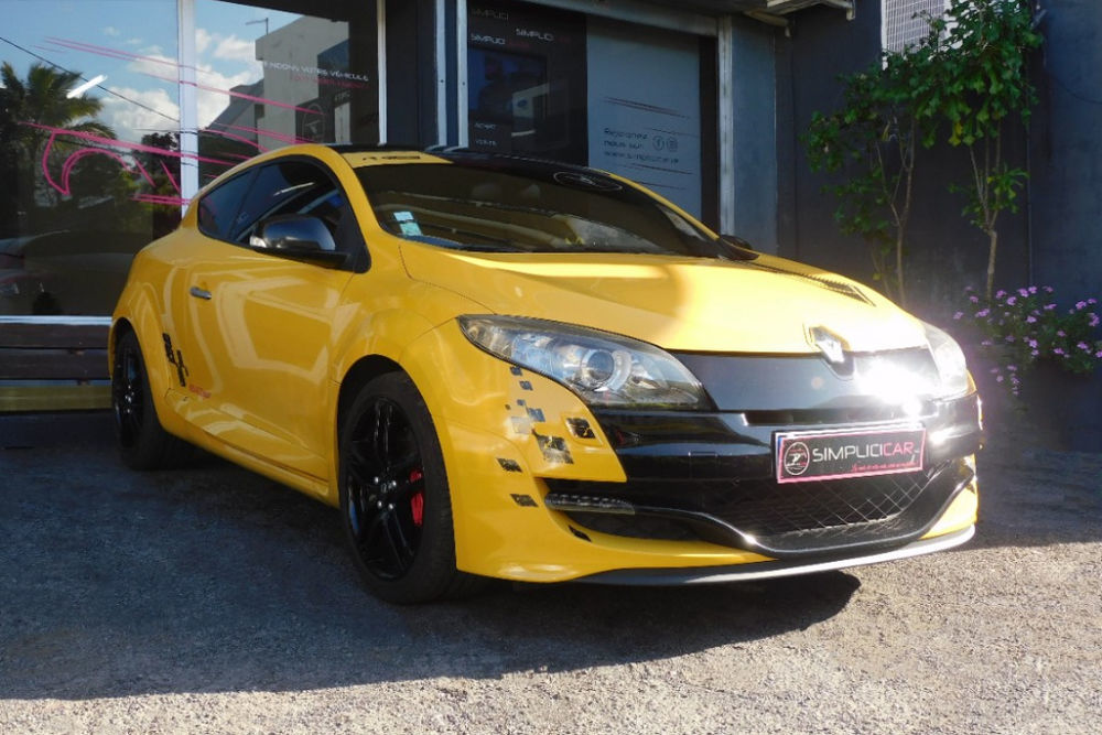 RENAULT MEGANE III COUPE 2.0 16V 250 RS CUP 18400 97410 Saint-Pierre