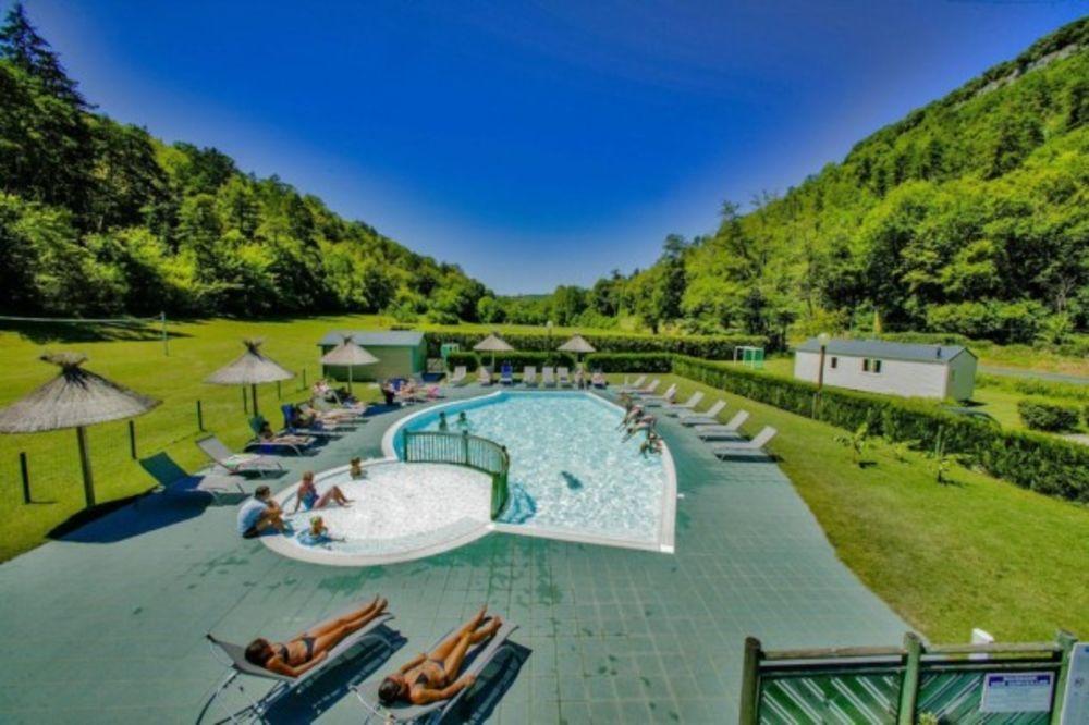 Camping Le Val de la Marquise - Mobil home CHARMEUR 27 + 10 m² Terrasse - Club enfants - Accès Internet - Jeux jardin - Lit bébé Aquitaine, Campagne (24260)