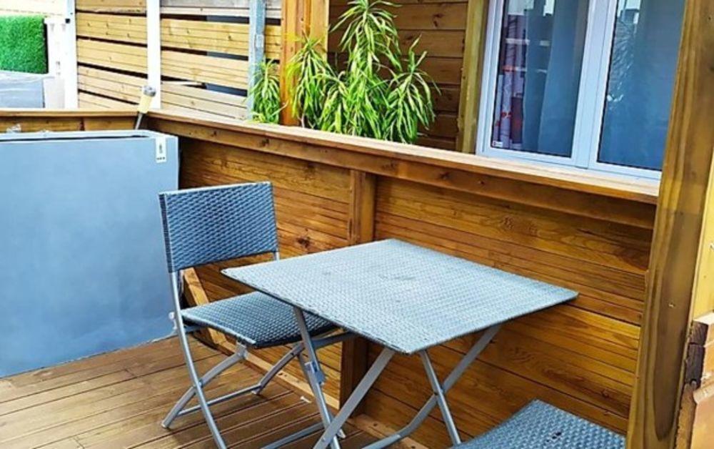 Joli studio avec jardin & Wifi place de parking en extérieur - Accès Internet - Jardin clos - Barbecue - Lit bébé . . . 364 € / Semaine DOM-TOM, La Possession (97419)