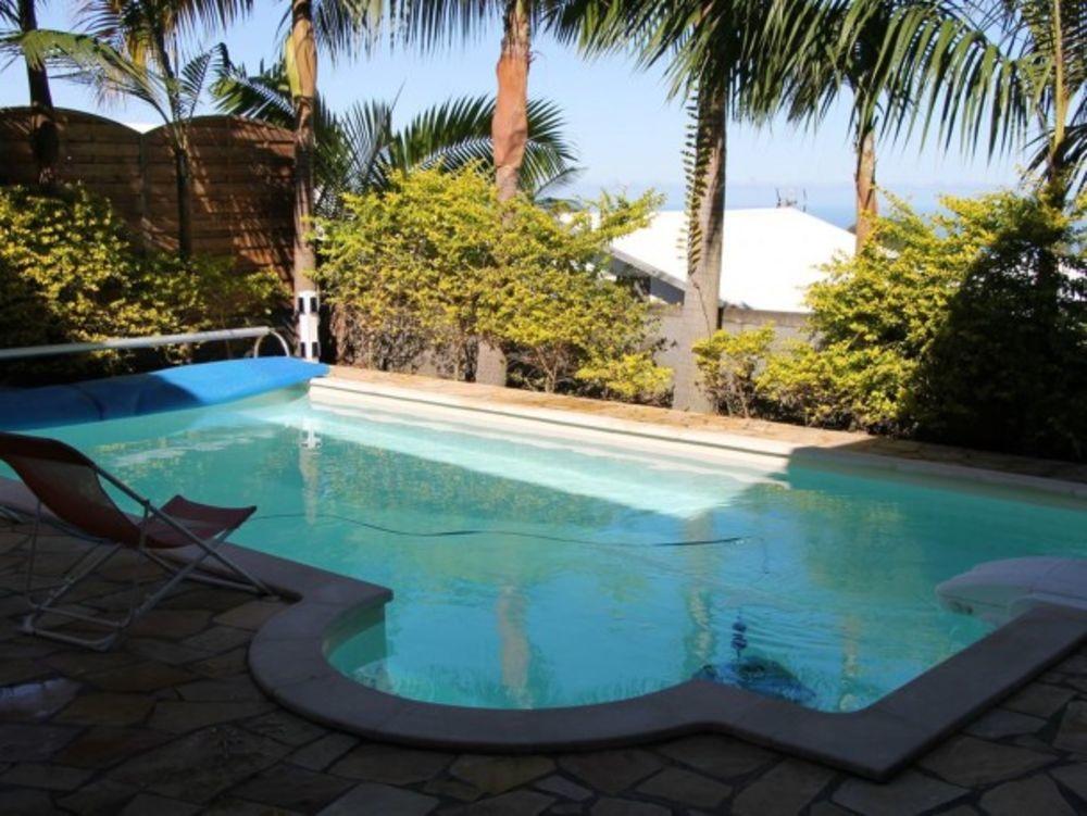 Exceptionnelle villa avec piscine Piscine privée - Vue mer - Télévision - Terrasse - Vue montagne . . . 748 € / Semaine DOM-TOM, Le Tampon (97430)