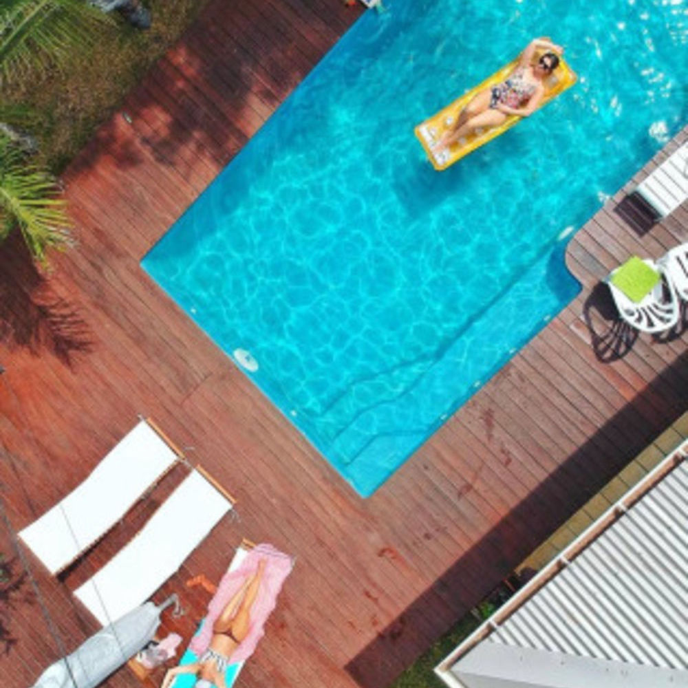 Exceptionnelle villa avec piscine Piscine privée - Vue mer - Télévision - Terrasse - place de parking en extérieur . . . 1454 € / Semaine DOM-TOM, Saint-Gilles Les Bains (97434)