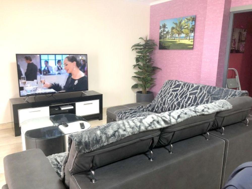 Appartement - à 0 km des pistes Télévision - Terrasse - Balcon - Vue montagne - place de parking en extérieur . . . 148 € / Semaine DOM-TOM, Bras-Panon (97412)