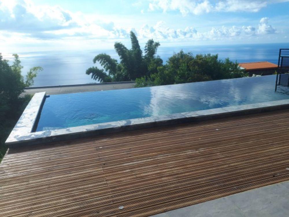 Exceptionnelle villa avec piscine Piscine privée - Plage < 5 km - Télévision - Terrasse - Balcon . . . 1308 € / Semaine DOM-TOM, La Possession (97419)