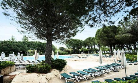Appartement 2 pièces 4 personnes - Sélection Télévision - Terrasse - Local skis - place de parking en extérieur - Lave linge . . Provence-Alpes-Côte d'Azur, Mallemort (13370)