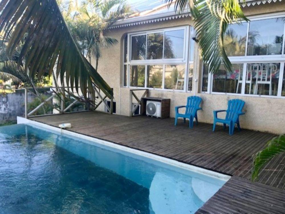 Grande maison avec piscine partagée Piscine collective - Bain à remous - Télévision - Terrasse - Lave linge . . . 494 € / Semaine DOM-TOM, Saint-Joseph (97480)