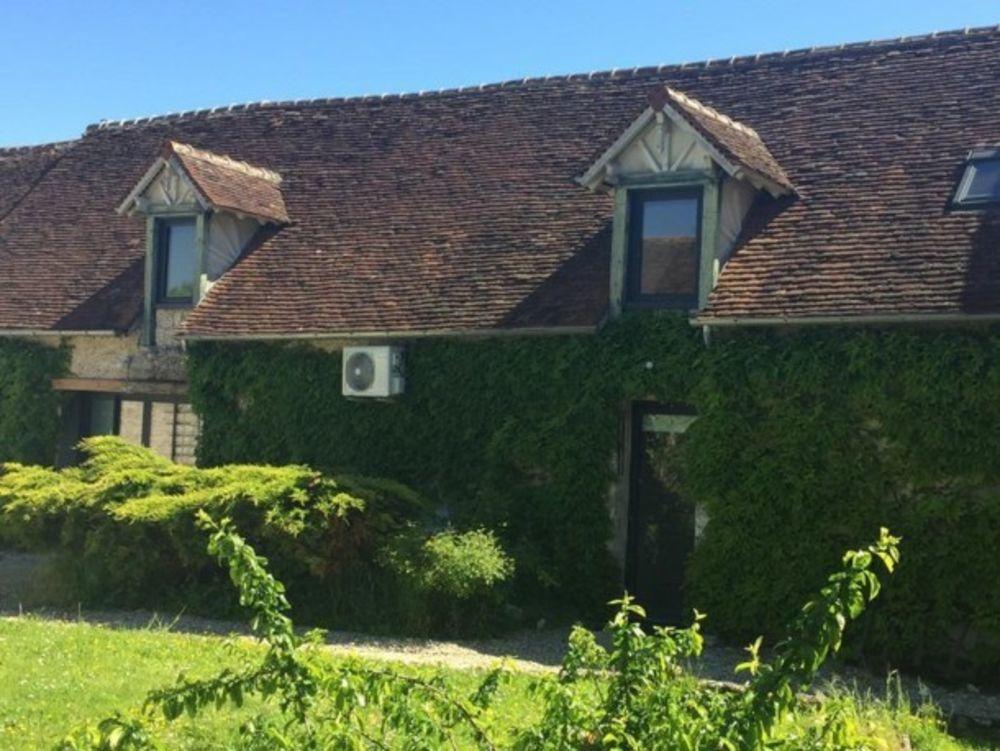 maison 3 personnes Télévision - Terrasse - place de parking en extérieur - Lave vaisselle - Lave linge . . . Centre, Beaune-la-Rolande (45340)