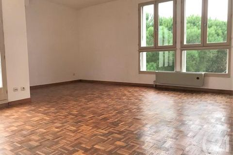 Location Appartement 890 Arles (13200)