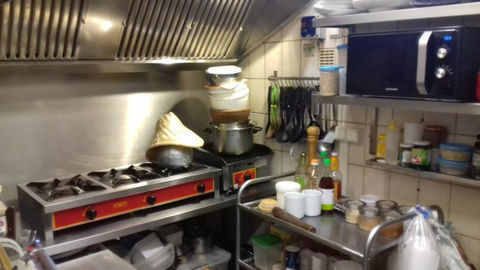 À vendre Restaurant, quartier du Mourillon à Toulon avec Cabinet CESSIOPRO Entreprises et Commerces 88000 83000 Toulon
