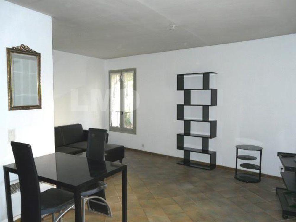 Location Appartement DEUX PIECES MEUBLE Draguignan