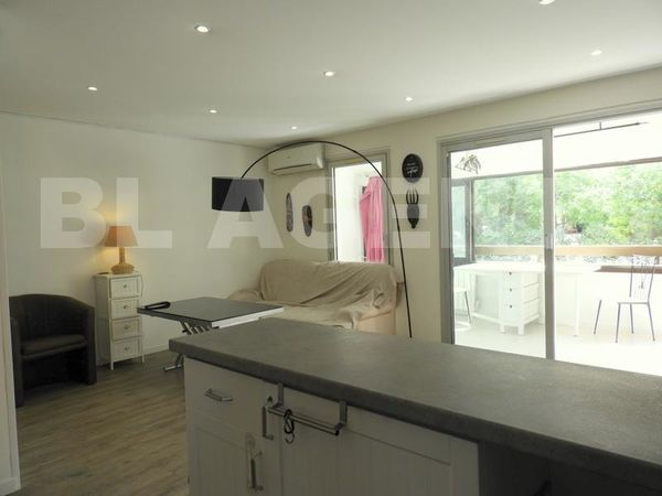 Vente Loft Fréjus (83) - Résidence sécurisée - duplex T3 58 m2 - piscine - loggia -  à Frejus