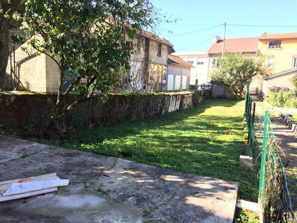 Annonce vente loft 110 m 168 000 992739352105 for Appartement avec jardin nice
