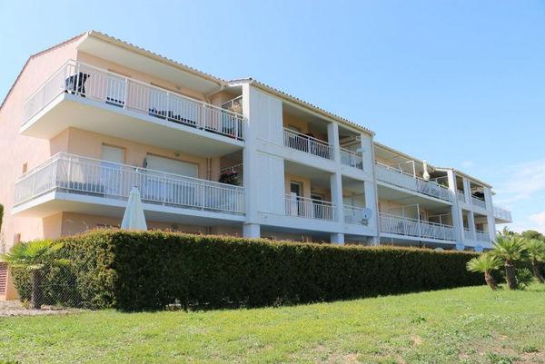 Annonce location appartement nice 06200 65 m 1 250 for Appartement rez de jardin nice