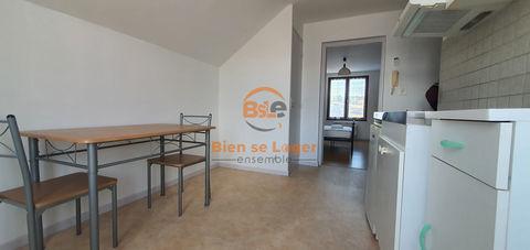 Appartement de 25m2 en location à Saint-Chély-D'Apcher 350 Saint-Chély-d'Apcher (48200)