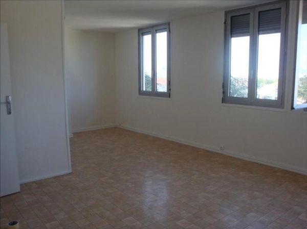 Corneille st marc appartement 5 pi ce s 77 m bron 69 - Location appartement bron ...