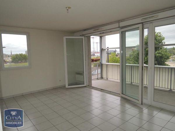Annonce vente appartement bordeaux 33800 48 m 135 for Appartement bordeaux euratlantique