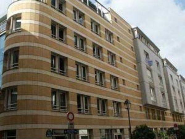 Century 21 fortis immo agence immobili re paris 75003 for Garage mini rue des acacias paris 17