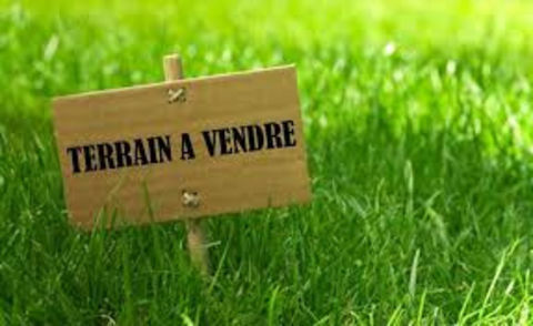 A VENDRE TERRAIN 175300 79000 Niort