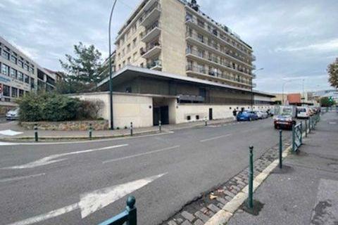 Locaux commerciaux - A LOUER - 700 m² non divisibles 8330 92700 Colombes