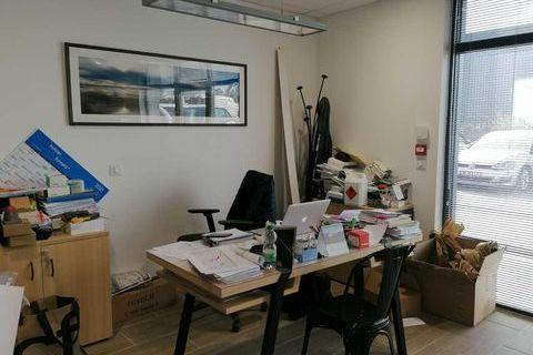 Locaux d'activité - A VENDRE - 140 m² non divisibles 308001 33700 Merignac