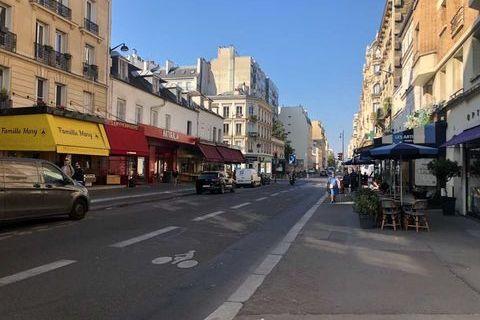 Locaux commerciaux - CESSION DE FONDS - 110 m² non divisibles 0 75015 Paris