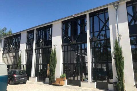 Bureaux - A LOUER - 175 m² divisibles à partir de 75 m² 3500 94110 Arcueil
