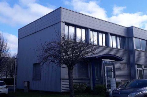 Bureaux - A LOUER - 105 m² non divisibles 1313 94380 Bonneuil sur marne