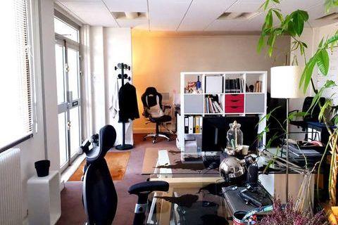 Bureaux - A LOUER - 68 m² non divisibles 1541 92500 Rueil malmaison