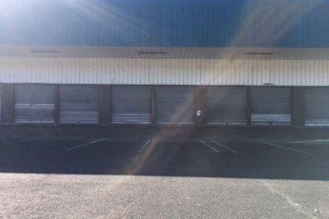 Entrepôts - A LOUER - 1825 m² divisibles à partir de 500 m² 11279 95310 Saint ouen l'aumone