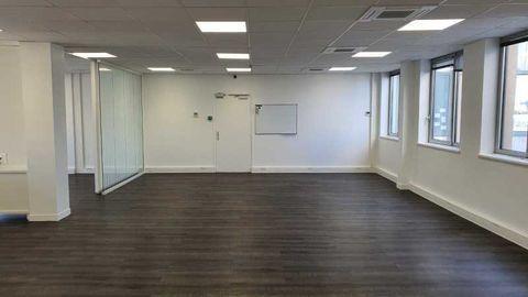 Bureaux - A LOUER - 140 m² non divisibles 1516 93360 Neuilly plaisance