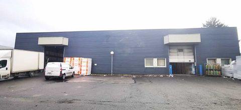 Locaux d'activité - A LOUER - 2000 m² divisibles à partir de 929 m² 12000 77500 Chelles