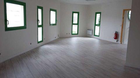 Bureaux - A LOUER - 50 m² non divisibles 560 94500 Champigny sur marne