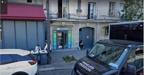Locaux commerciaux - A LOUER - 60 m² non divisibles 3250 75016 Paris