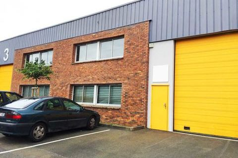 Locaux d'activité - A LOUER - 600 m² non divisibles 4578 93350 Le bourget