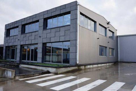 Locaux d'activité - A LOUER - 569 m² non divisibles 5832 93320 Les pavillons sous bois