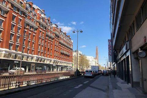 Locaux commerciaux - A LOUER - 155 m² non divisibles 7083 75017 Paris