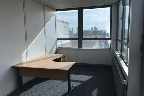 Bureaux - A LOUER - 45 m² divisibles à partir de 11 m² 788 95300 Pontoise