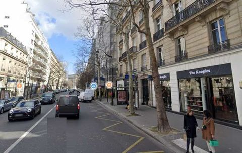 Locaux commerciaux - A LOUER - 52 m² non divisibles 3200 75016 Paris