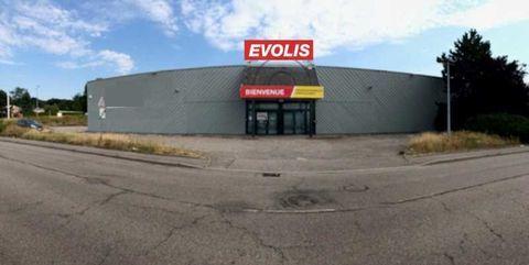 Locaux commerciaux - A LOUER - 809 m² non divisibles 3907 88000 Epinal